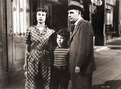 Ruth Roman, Bobby Driscoll and Paul Steward in The Window